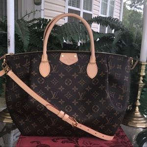 ❤️❤️NEW LOUIS VUITTON TURENNE MM❤️❤️
